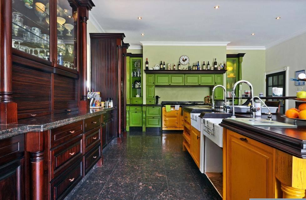 Ridgemor Kitchen